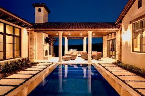 5700 Spanish Oaks